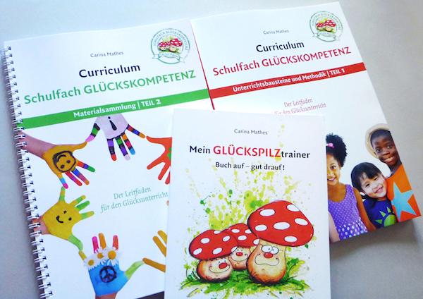 Layout und Reinzeichnung für die Bände Teil 1 und 2 zum Unterrichtsthema 'Glück' sowie für den 'Glückspilztrainer'